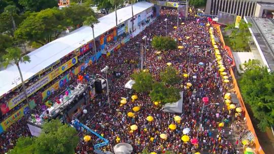 Com quase 5 mil horas de músicas, Salvador recebeu 850 mil turistas no carnaval; veja números da folia