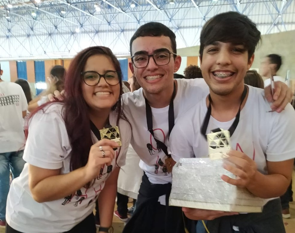 Alunos do campus IFRN Mossoró levaram duas medalhas de ouro — Foto: Divulgação/IFRN