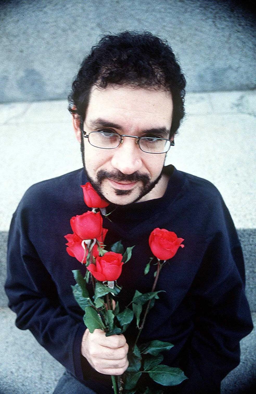 Renato Russo (1960 – 1996) vive através de obra que ainda inspira show, documentário e filme  — Foto: Divulgação