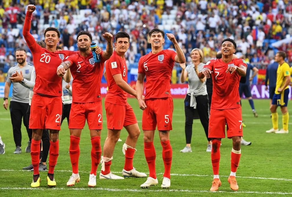 Ingleses comemoram classificação diante da Suécia nas quartas (Foto: EFE)