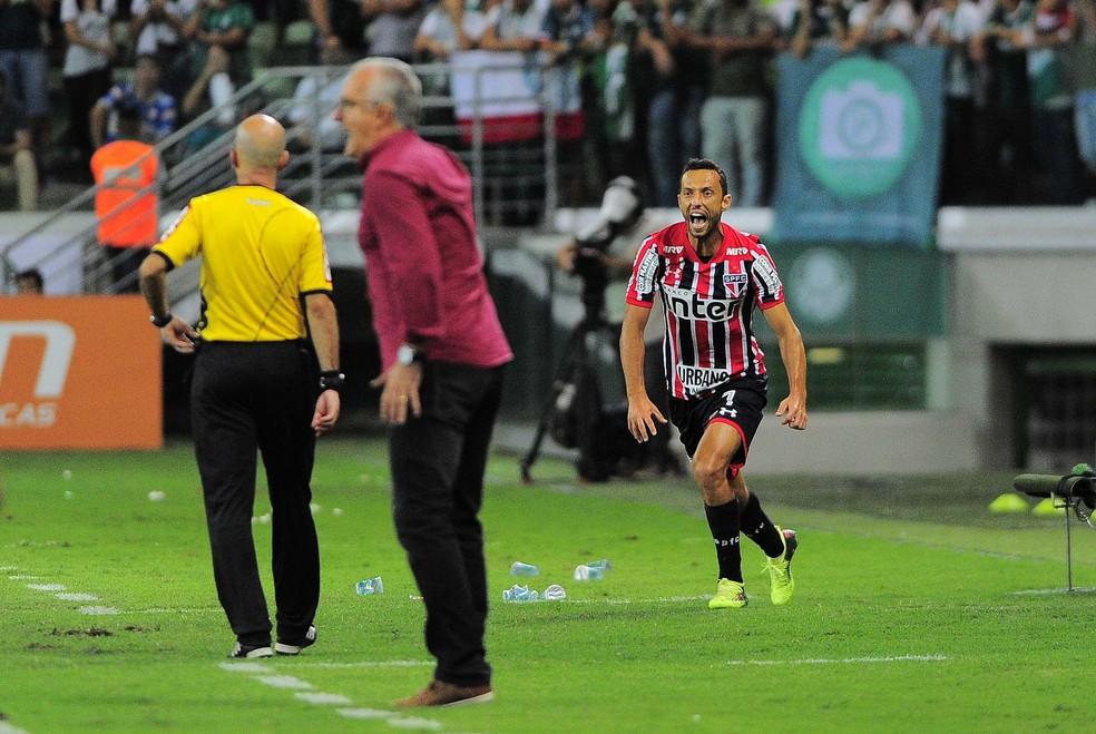 Dorival Júnior em seu último jogo como técnico do São Paulo — Foto: Marcos Ribolli