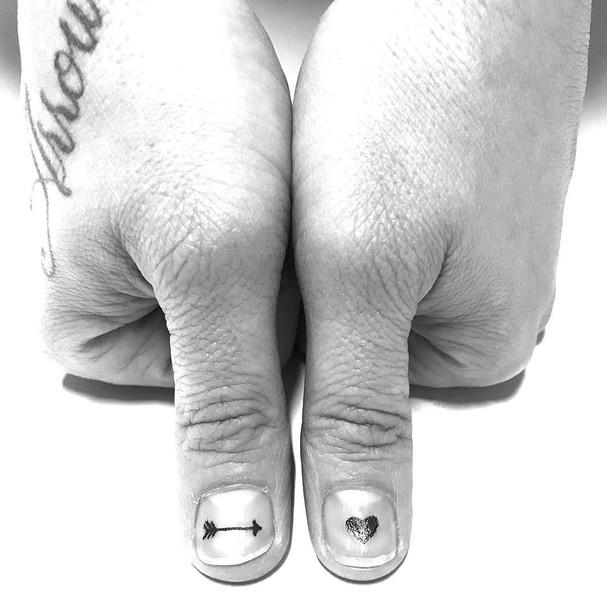 Tatuagem agora é feita nas unhas (Foto: Reprodução/Instagram)
