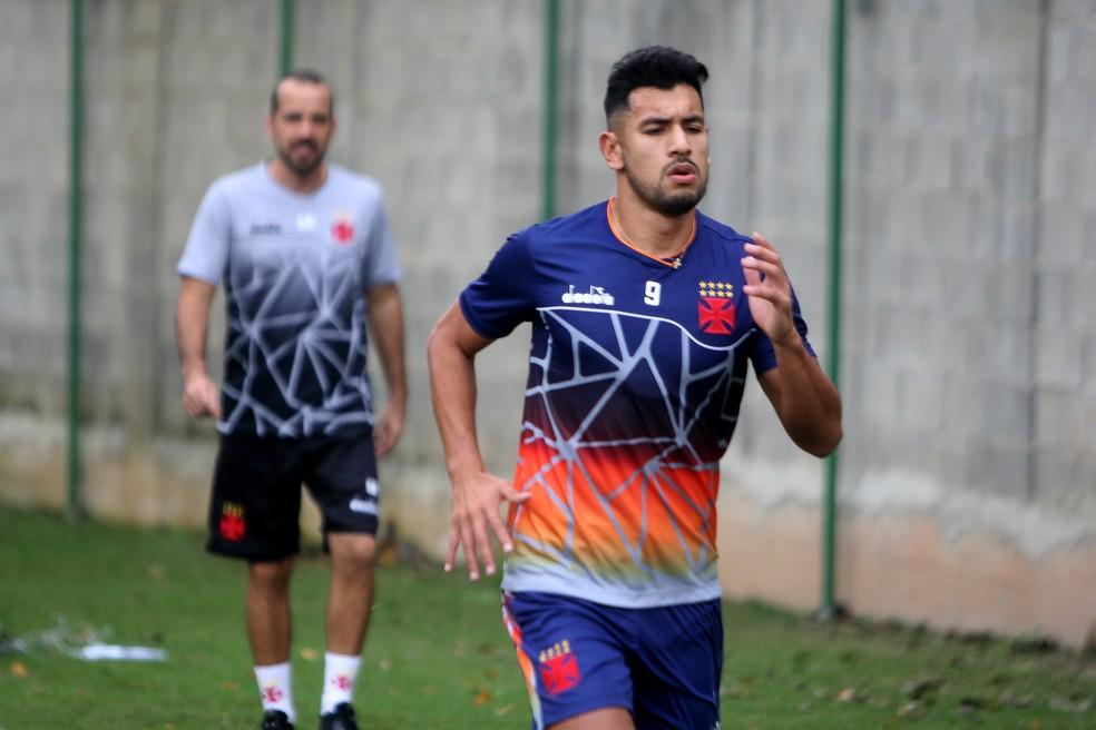 Andrés Ríos durante treino no Vasco (Foto: Paulo Fernandes/Vasco)