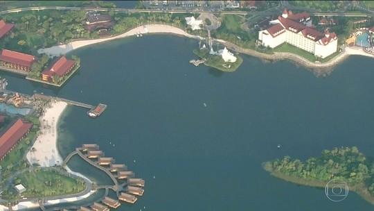 Polícia encontra corpo de menino arrastado por jacaré na Disney