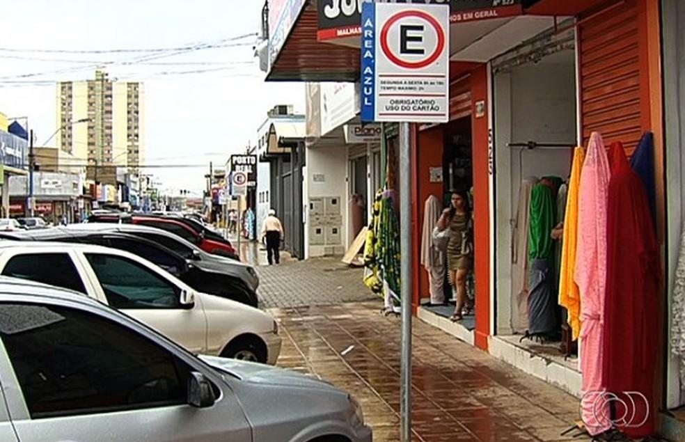 O Setor Campinas, primeiro bairro de Goiânia, é o mais devastado da cidade — Foto: Reprodução/TV Anhanguera