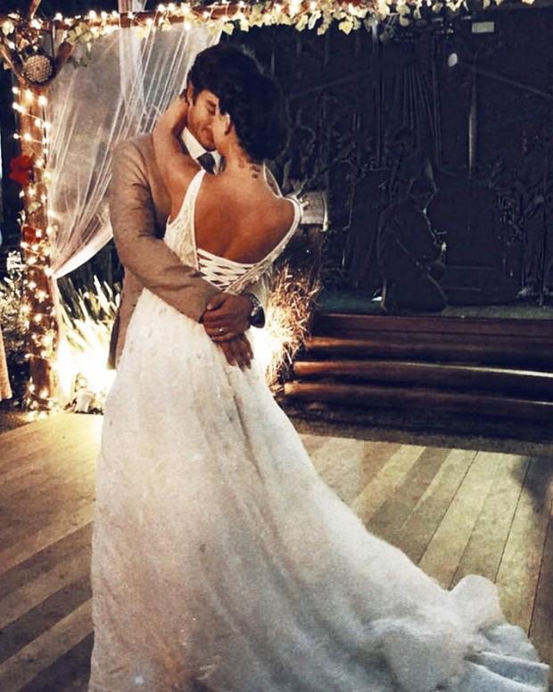 Isis Valverde e André Resende dançam (Foto: Reprodução/Instagram)
