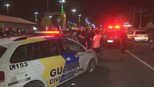 Homem leva três tiros na Praça das Águas, no Centro de Boa Vista