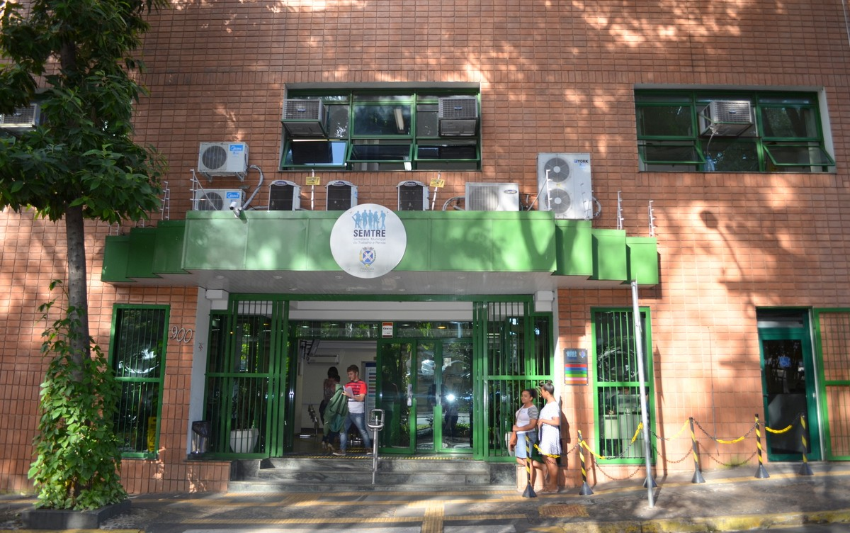 CAT de Piracicaba tem 18 oportunidades de emprego com salários de até R$ 2,3 mil