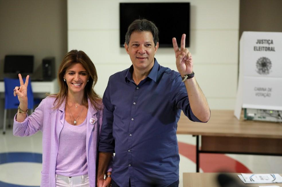 Haddad vota em São Paulo — Foto: Marcelo Brandt/G1