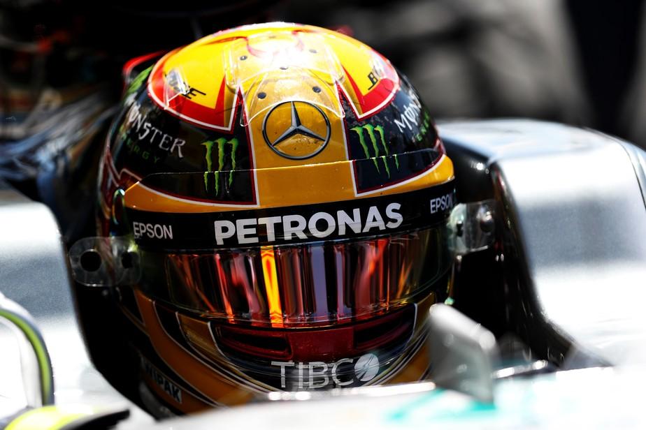 O raio X da decisão de Hamilton e da Mercedes em devolver o pódio para Bottas