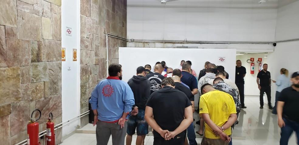 41 pesssoas foram detidas — Foto: Polícia Civil do Paraná/Divulgação