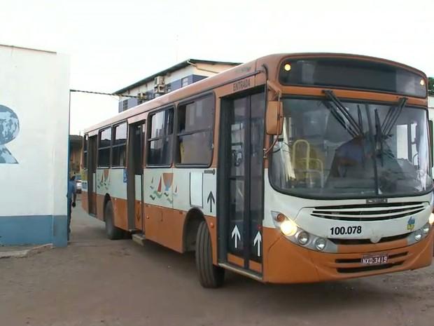 TRT determina circulação de 60 por cento dos ônibus em São Luís (MA) (Foto: Reprodução/TV Mirante)
