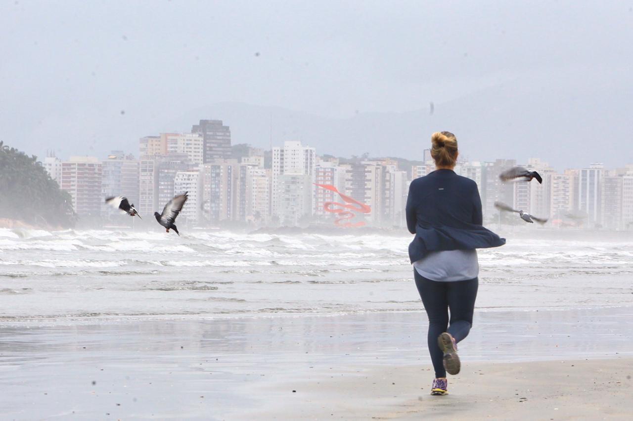 Santos não terá mais restrição de horários para prática de esportes individuais a partir desta segunda