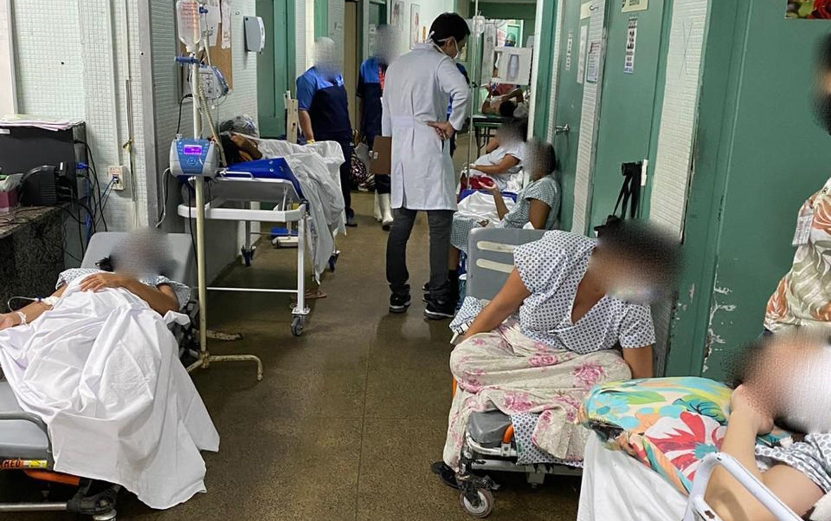 Grávidas são obrigadas a esperar várias horas por atendimento no Hospital Agamenon Magalhães