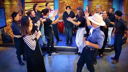 'Galpão Crioulo' faz programa em comemoração aos 40 anos de carreira de Daniel Torres