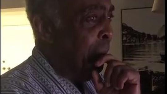 Gilberto Gil chora ao ver a neta cantar com ele no 'Altas Horas'