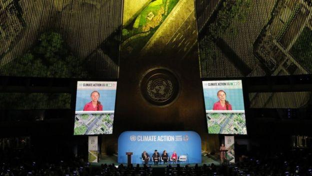 BBC: A ativista de 16 anos Greta Thunberg discursou na cúpula sobre meio ambiente na ONU, na véspera de encontro da Assembleia Geral (Foto: REUTERS/LUCAS JACKSON/ BBC)