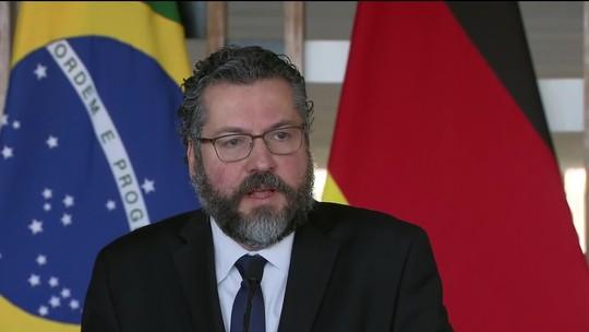 Brasil apoia 'transição democrática', diz ministro das Relações Exteriores