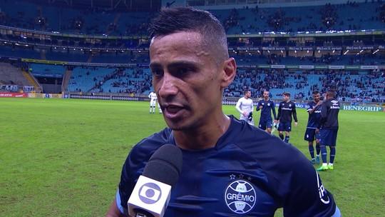 """Cícero após a vitória: """"A gente tava devendo um resultado bom dentro de casa"""""""