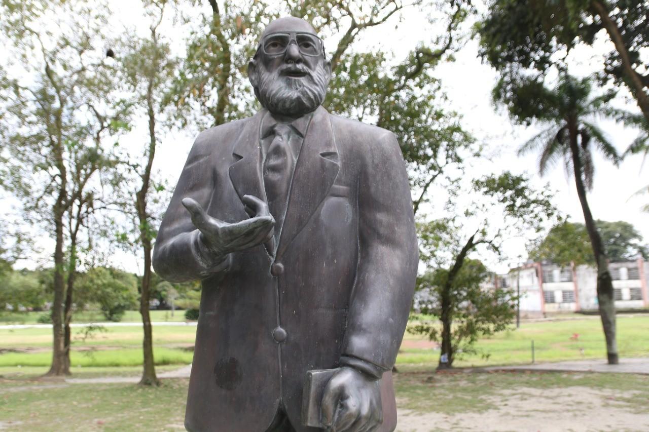No centenário de Paulo Freire, especialistas mostram como pedagogia do pernambucano pode ajudar a enfrentar desafios da educação na pandemia