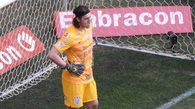 Cássio após frango tomado na partida entre Corinthians e Fluminense
