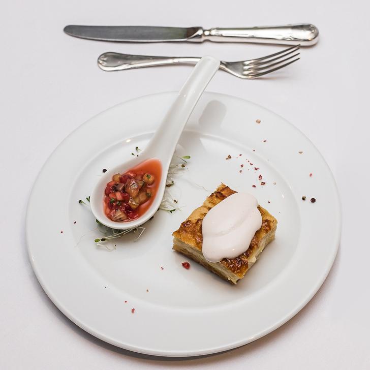 Apple tarte com chantilly de canela (Foto: Divulgação)