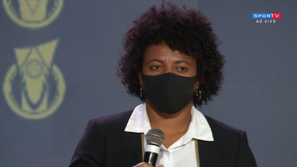 Carla Nunes no Prêmio Brasileirão 2020 — Foto: Reprodução