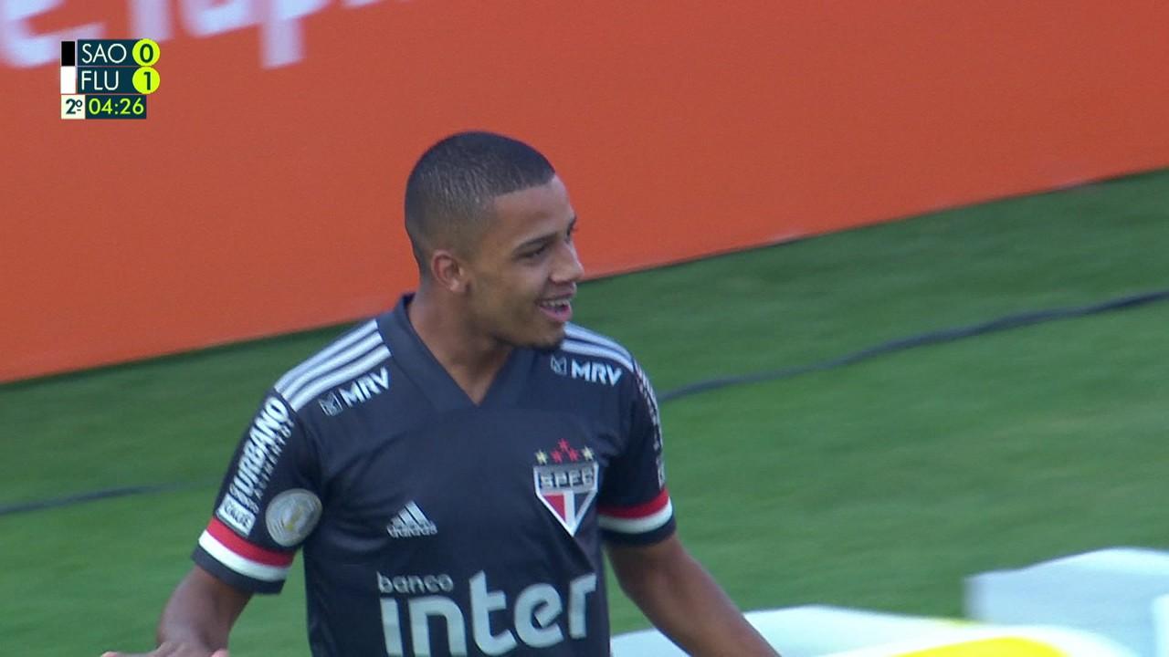 Brenner também marcou contra o Fluminense, no Brasileiro