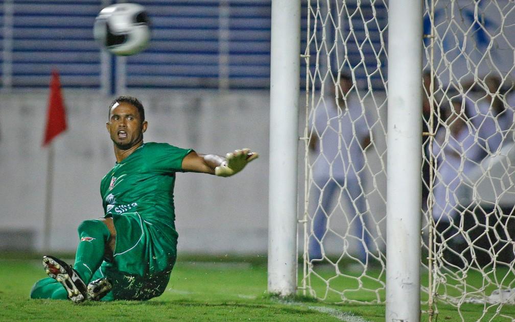 Bruno durante estreia pelo Boa Esporte — Foto: Thomas Santos/Agif/Estadão Conteúdo