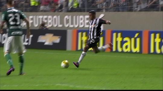 Fábio Santos acredita que atuação pode inspirar Atlético-MG em final