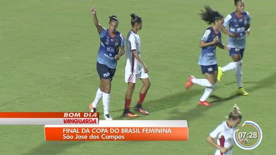 Bagé diz que cobrança interna motiva São José por título da Copa do Brasil