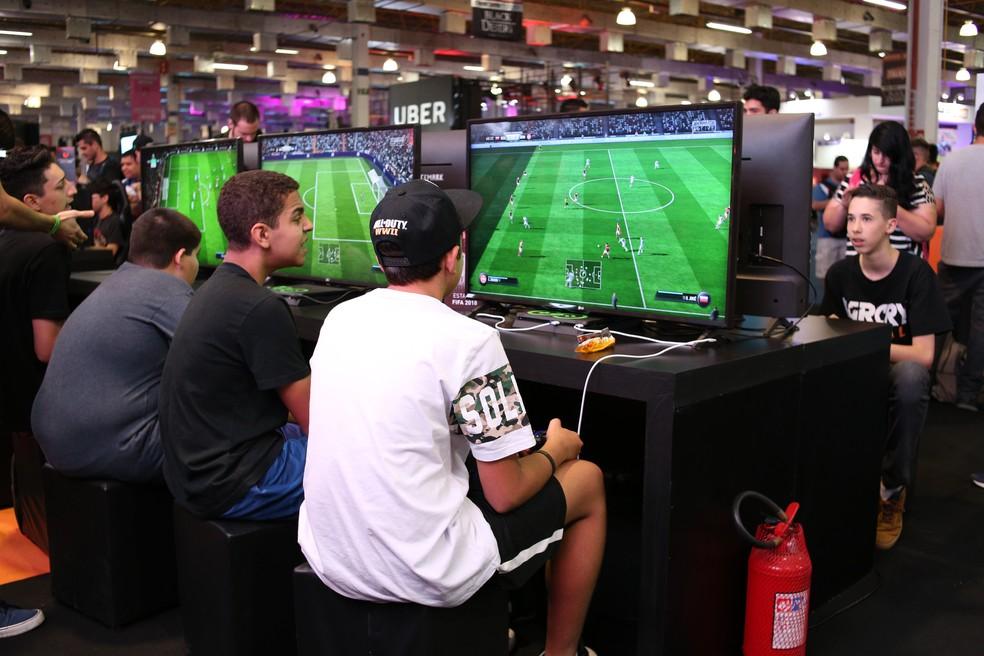 A Brasil Games Show reuniu cerca de 300 mil apaixonados por videogames na última edição — Foto: BGS/Divulgação