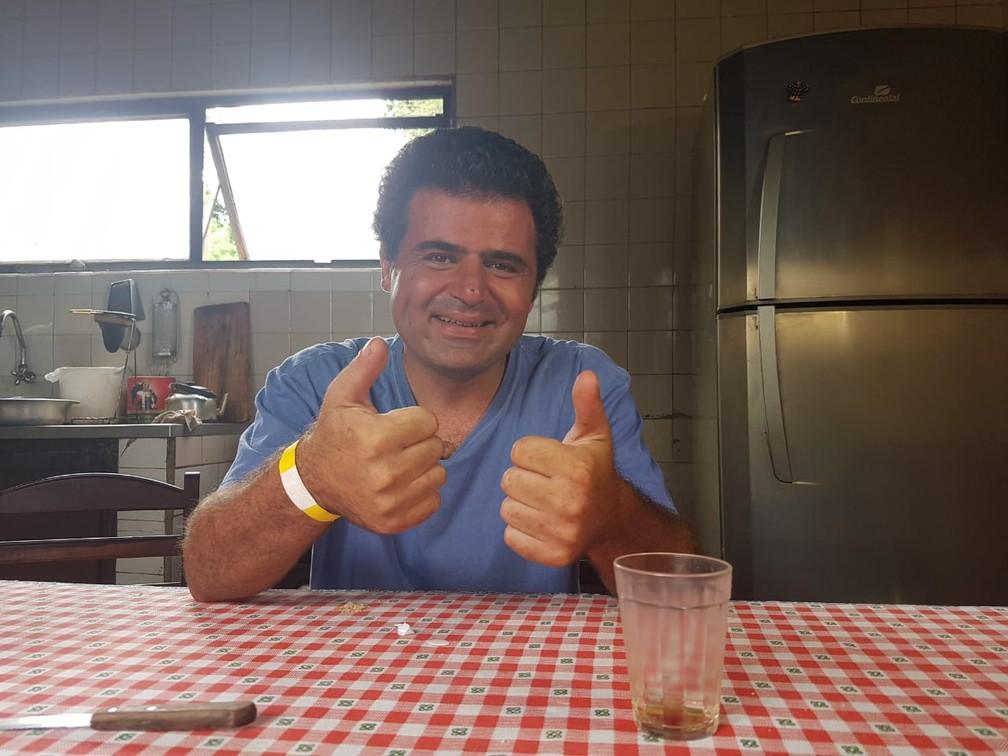 Eduardo sobreviveu após tromba d'água em São João Batista do Glória (MG) — Foto: Graziela Fávaro/EPTV