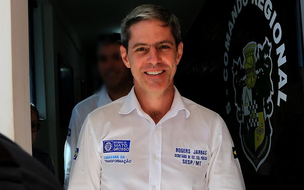 Secretário Rogers Jarbas foi afastado do cargo por determinação da Justiça (Foto: Lenine Martins/Sesp-MT)