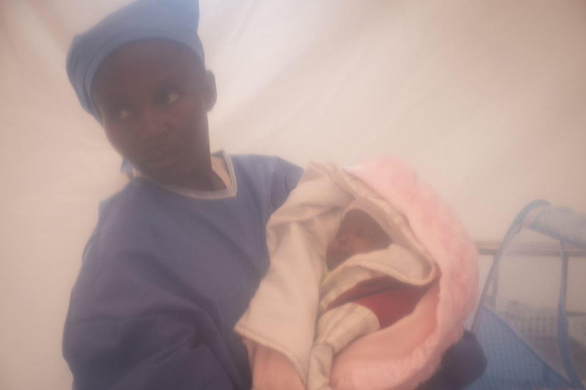 Babê Bénédicte tornou-se o mais jovem sobrevivente do vírus Ebola. (Foto: Unicef)