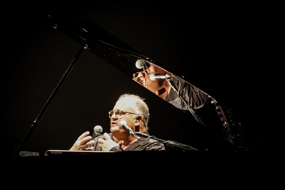 Guilherme Arantes falou sobre as músicas que cantou no show — Foto: Divulgação Vivo Rio / Ricardo Nunes
