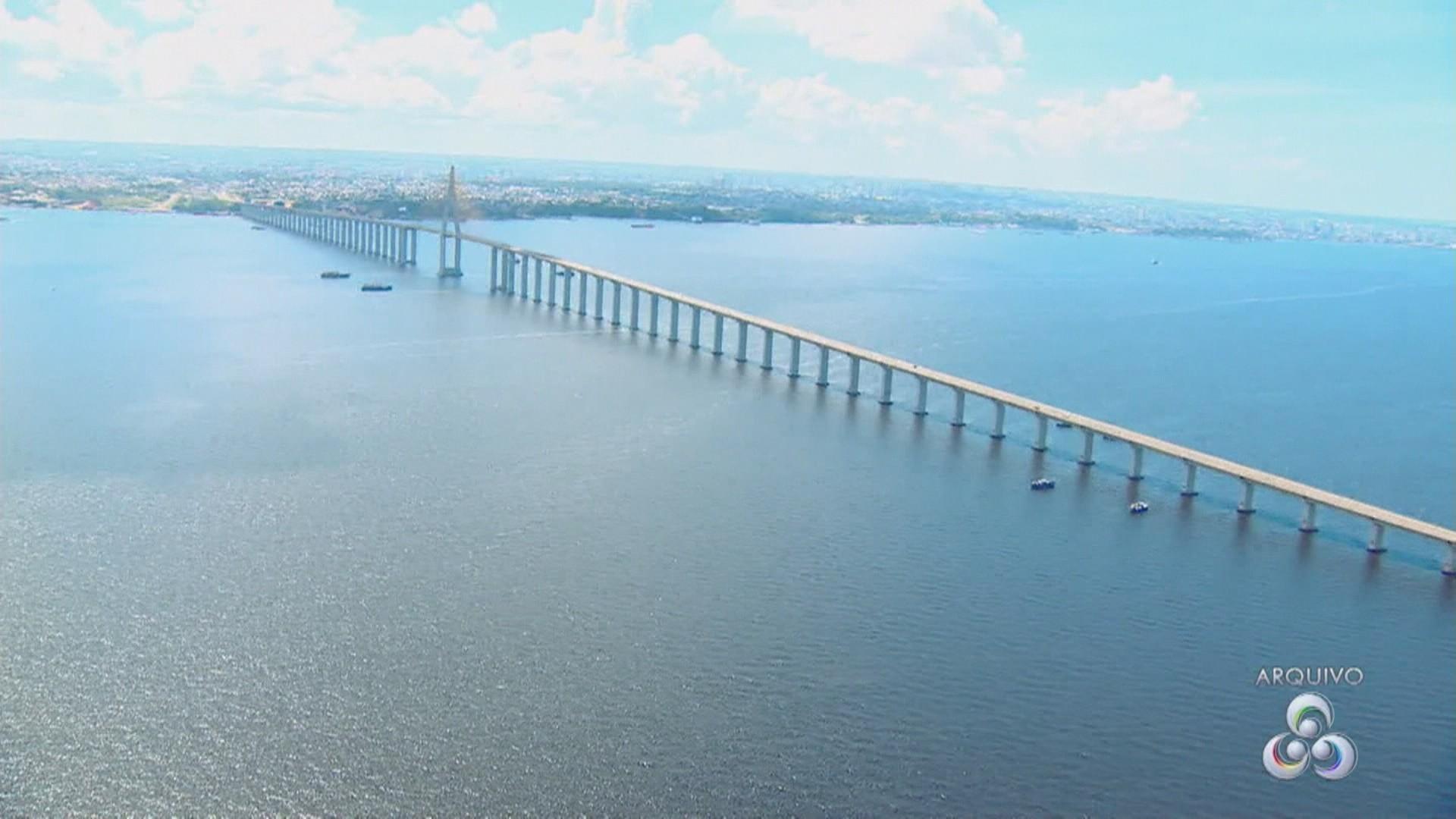 Apenas veículos com autorização poderão atravessar a Ponte Rio Negro, no AM, diz governo