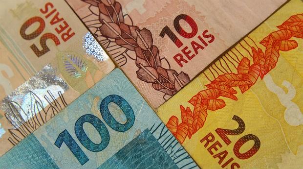 Notas de real; dinheiro (Foto: Marcos Santos/USP Imagens)