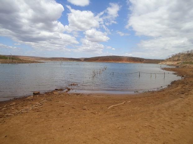 Barragem ameaça seca caso não haja chuvas no interior do Piauí (Foto: Gil Oliveira/ G1)