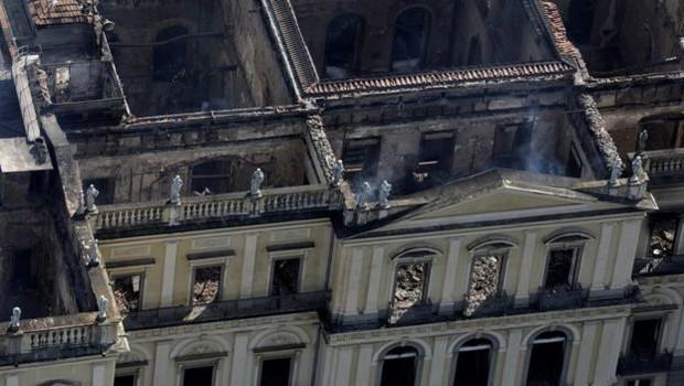 Diretor alertou sobre condições precárias do Museu Nacional há 174 anos, antes mesmo da mudança do acervo para o Palácio Imperial de São Cristóvão (acima) (Foto: Reuters via BBC)