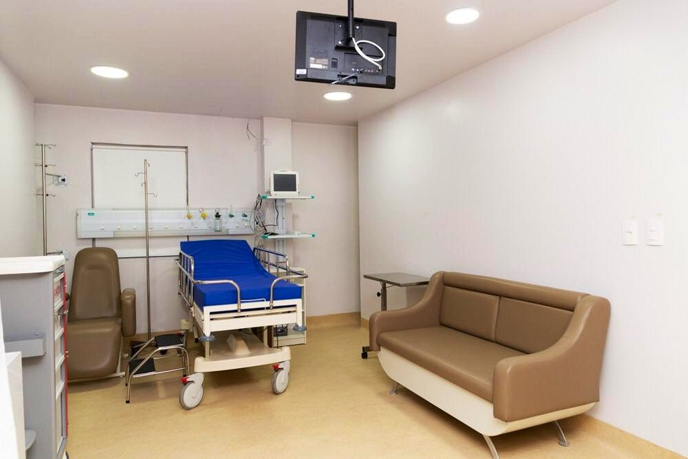 Hospital Real, no Centro de São Luís, foi alugado para receber pacientes com Covid-19 — Foto: Reprodução/TV Mirante