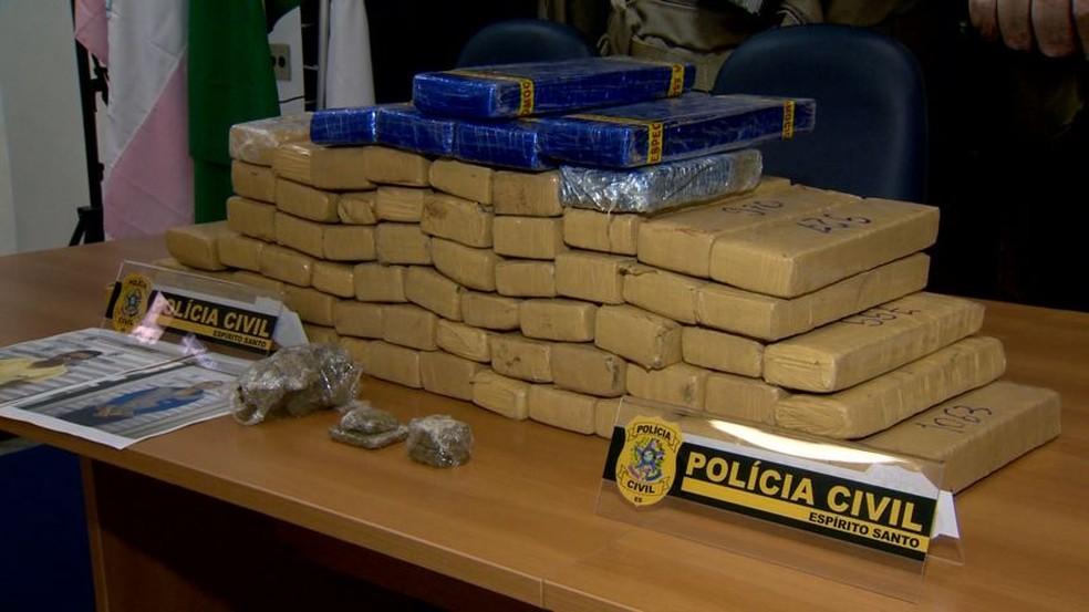 70 quilos de maconha foram apreendidos em operação no ES — Foto: Reprodução/ TV Gazeta