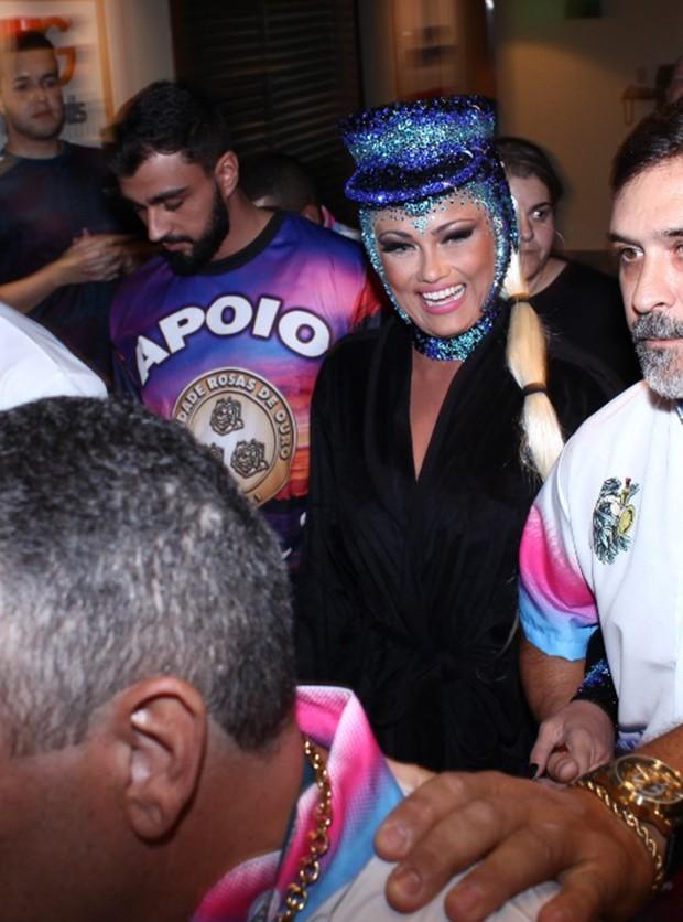 Ellen Roche e o namorado, Rogério Oliveira (Foto: João Bertholini/ QUEM)