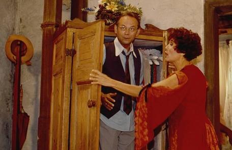 Em 'Fera ferida', (1993), tudo ao redor pegava fogo quando o casal Rubra Rosa (Susana Vieira) e Demóstenes (José Wilker) fazia amor TV Globo