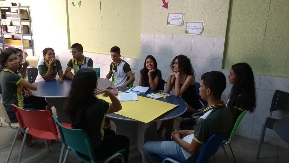 Três estudantes da escola participarão de uma conferência global em Roma, na Itália. — Foto: Divulgação