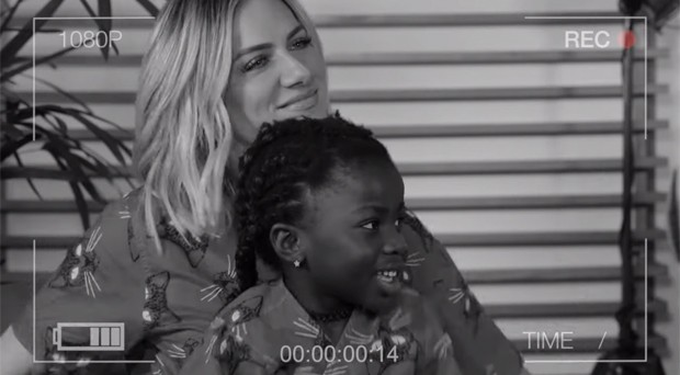 Giovanna Ewbank e a filha, Chissomo (Foto: Reprodução / Instagram)