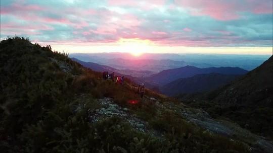 Globo Repórter: Equipe atravessa a trilha da Serra Fina, a mais difícil do Brasil