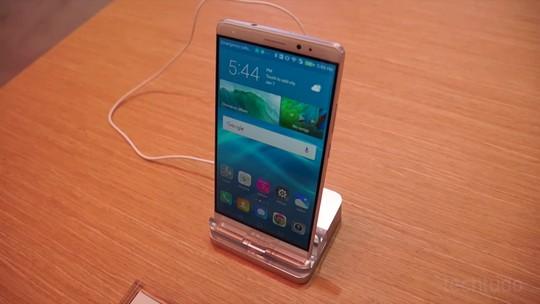 Huawei Mate 8 tem bateria poderosa e câmera de 16 MP; primeiras impressões