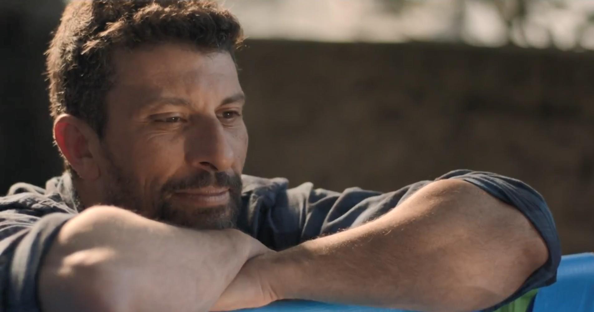 Milhem Cortaz vive ator alcoólatra e violento em 'Intimidade entre Estranhos': 'Foi doloroso'