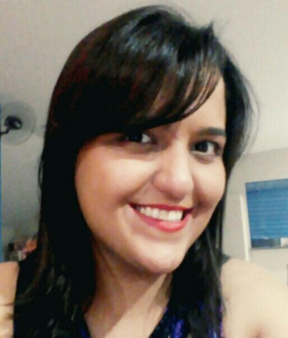 Larissa Martinelli, de 31 anos, morreu em uma tabacaria em Campo Grande. Ela tinha histórico de hipertensão  Foto: Facebook/Reprodução
